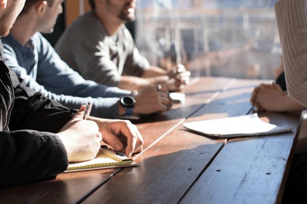 El silencio en las reuniones. El valor de la participación.