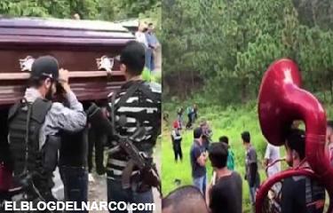 Hombre ejecutado es despedido con banda y detonaciones de cuerno de chivo en Sinaloa (Vídeo)