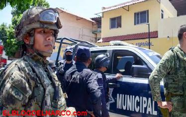 Desarman a policías de Acapulco por nexos con el narco