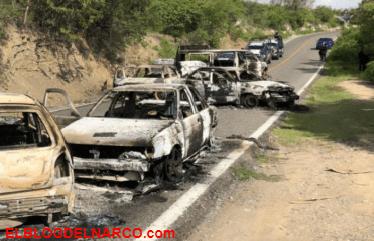 Sicarios atacan a policías, mata a uno, hiere a dos e incendia vehículos en Xochipala, Guerrero (VÍDEO)