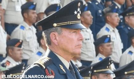 Le llaman El Oaxaco, es un General del Ejército y también el Terror del Cártel de Sinaloa