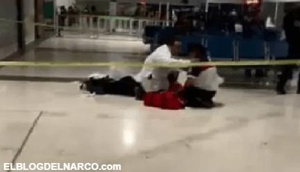 Balacera en aeropuerto de Ciudad Juárez, una mujer muere del susto (VÍDEO)