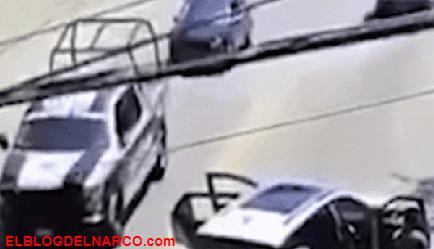 VÍDEO Policías se 'Hacen la vista gorda' al momento que sicarios del CJNG realizan un levanton