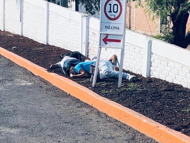 Fotos de la Masacre en Guanajuato, sicarios ejecutan a seis hombres y 2 mujeres en Gasolinera (1)