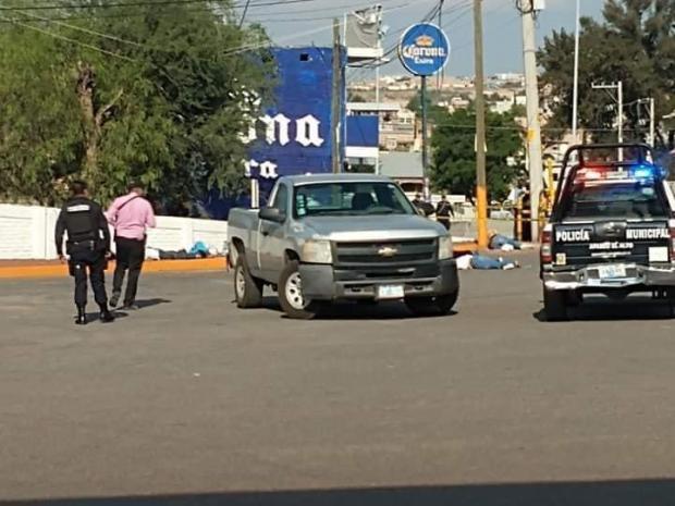 Fotos de la Masacre en Guanajuato, sicarios ejecutan a seis hombres y 2 mujeres en Gasolinera (2)