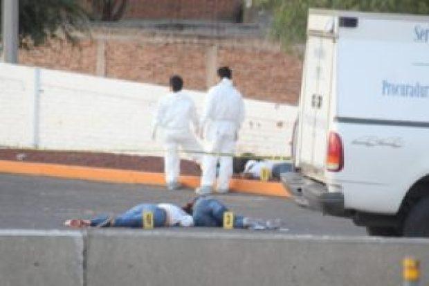 Fotos de la Masacre en Guanajuato, sicarios ejecutan a seis hombres y 2 mujeres en Gasolinera (4)