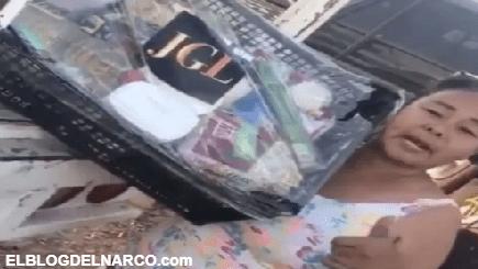 VÍDEO Surge #LadyPepinos, la comparan con #LadyFrijoles al recibir la ayuda del Chapo Guzmán