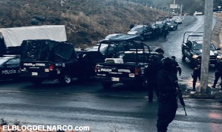 Megaconvoy de Taxistas Armados bloquea a policías estatales y ejecutan a comandante