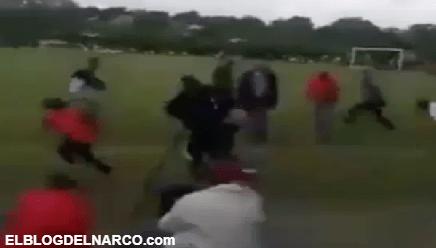Momento exacto que sicario mata a jovencito durante partido de futbol (VIDEO)