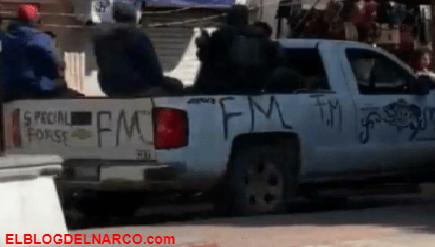 """""""Castigan"""" a latigazos a hombres por no usar cubrebocas en zona narco (VIDEO)"""