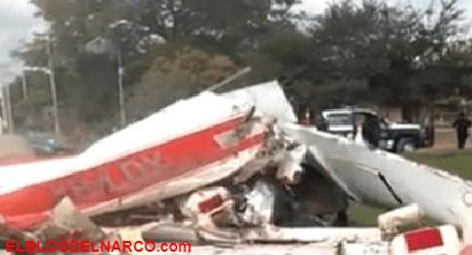 Así cayó la avioneta en el poblado La Cofradía en Sinaloa en donde murieron tres jóvenes