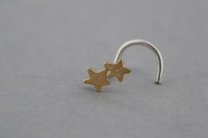 Gold nose stud
