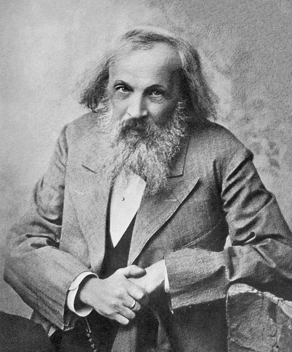 Dmitri Mendeléyev - Tabla periódica