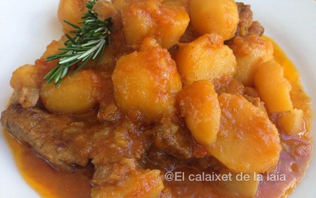 Guisado de ternera con patatas en olla r pida el calaixet de la iaia - Patatas en olla rapida ...