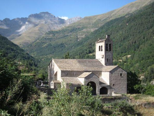Iglesia de San Miguel. Linás de Broto