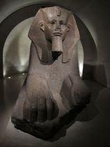Esfinge. Sótano. Museo del Louvre.