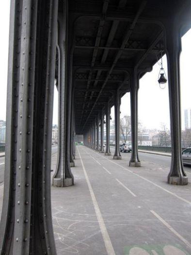 Puente de Bir-Hakeim. Paris