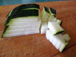 Pimientos verdes rellenos de quinoa con verduritas