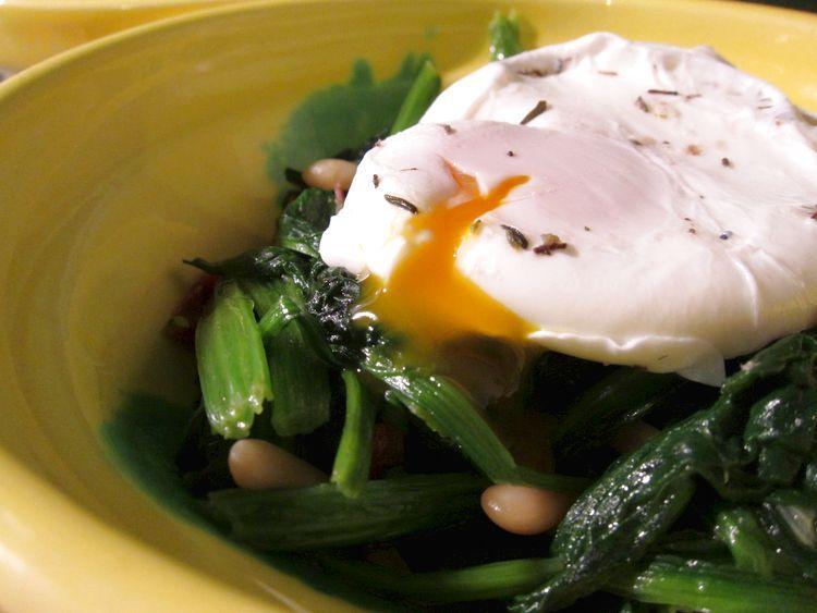 espinacas-salteadas-con-huevo-poche-11