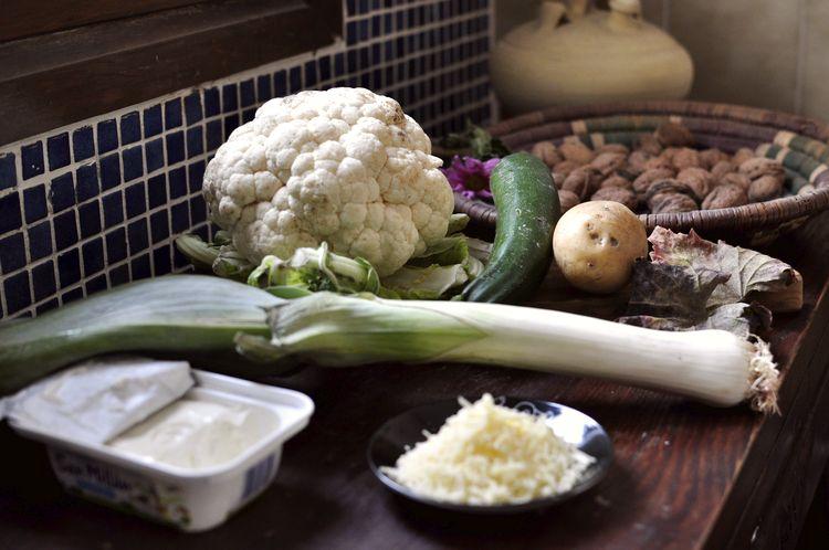 coliflor gratinada con bechamel de calabacin