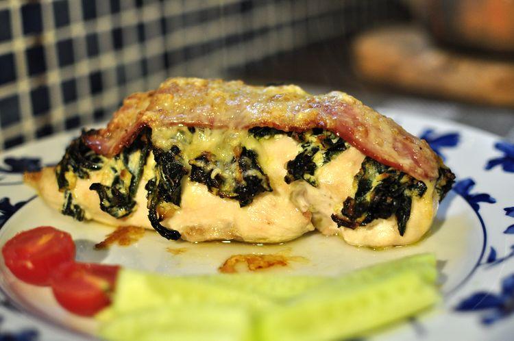 pechugas-rellenas-de-espinacas-bacon-y-ricotta-11