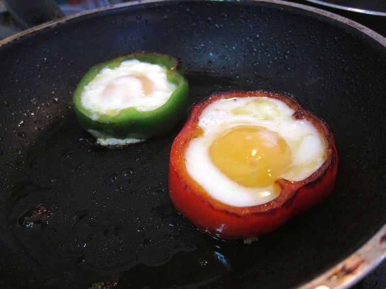 huevos-flor-aros-pimiento-07