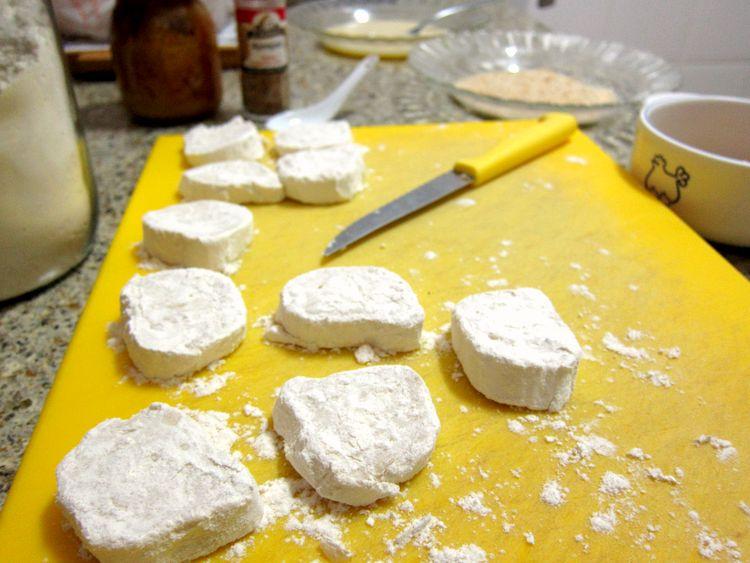 queso-frito-con-sesamo-y-miel-03