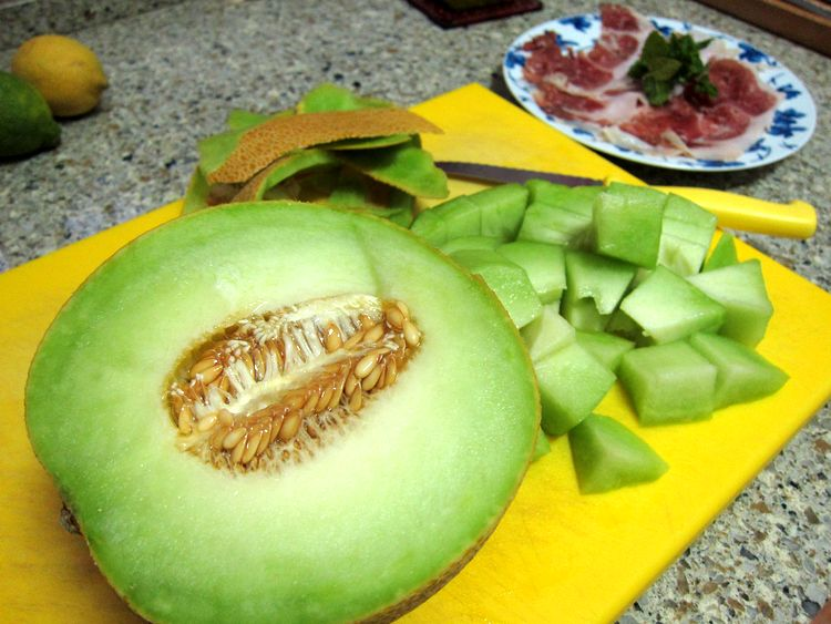 brochetas-melon-con-jamon-01