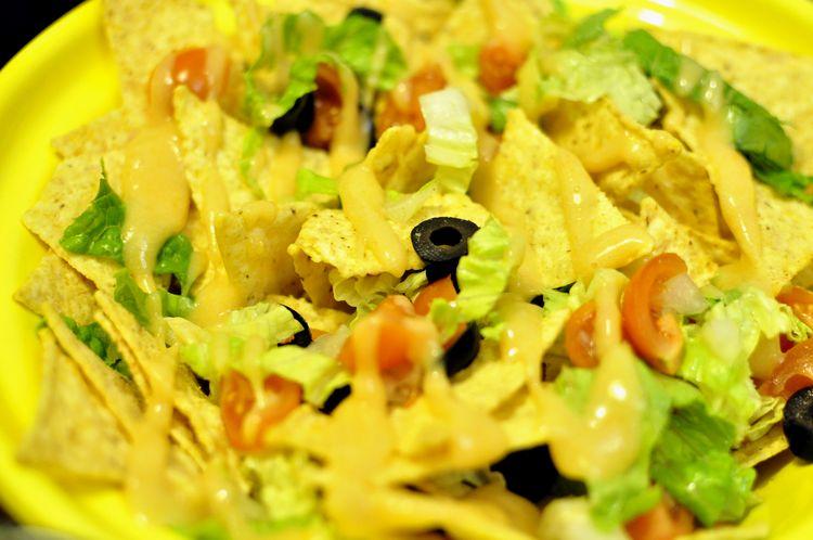 salsa de queso para nachos vegana