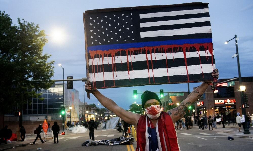 DISTURBIOS MIENAPOLIS AFP
