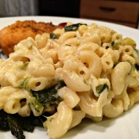 Creamy Poblano Pepper Macaroni and Cheese