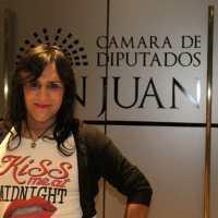 Merlina tras las paso (la historia de una mujer trans de Santa Lucía)