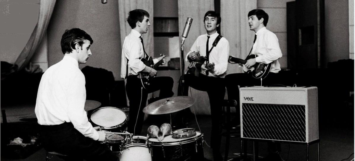 Seis grandes éxitos que no fueron compuestos por Los Beatles.
