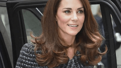 Photo of Kate Middleton en modo mamá continúa su labor social con padres de estudiantes
