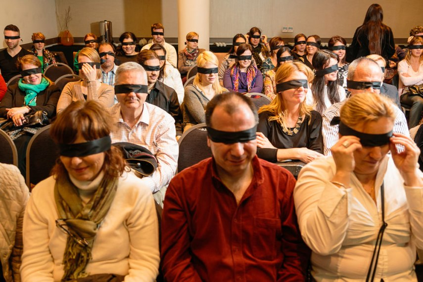 Eventos corporativos empresariales - Aromas del té a ciegas