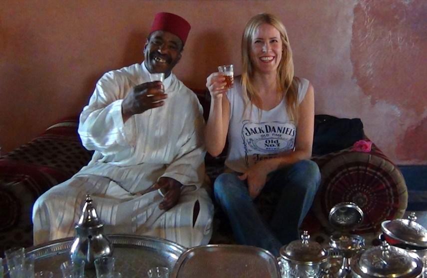 Bebendo chá em Marrocos