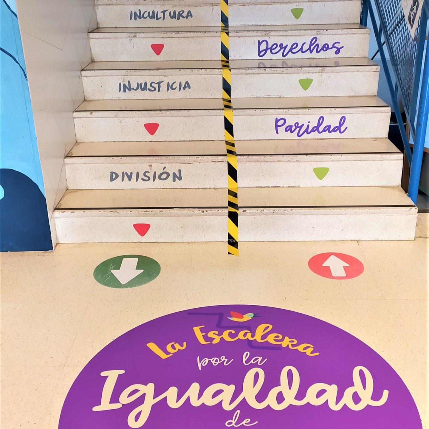 Escaleras del COLEGIO