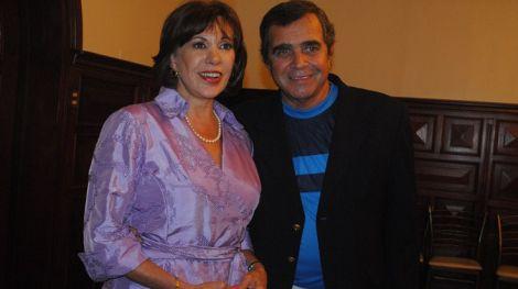 """Efraín Aguilar: """" A Yvonne (Frayssinet) la esperamos con los brazos abiertos"""""""