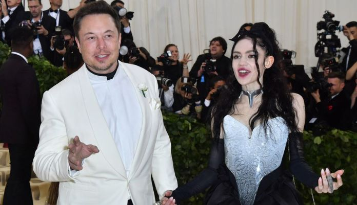 Image referential. Elon Musk and Grimes arrive for the Met Gala 2018, at the Metropolitan Museum of Art, New York. (ANGELA WEISS / AFP).