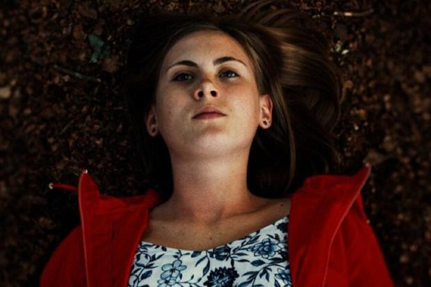 The young woman who died in the forest is Tanja and was pushed by her sister (Photo: Netflix)