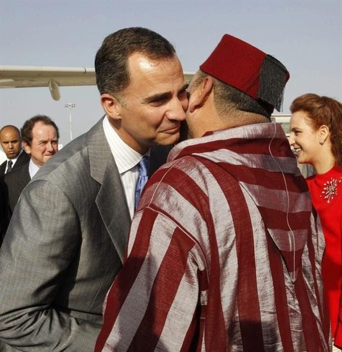 Felipe y Mojamed en Rabat, 2014, en uno de sus viajes diplomáticos.