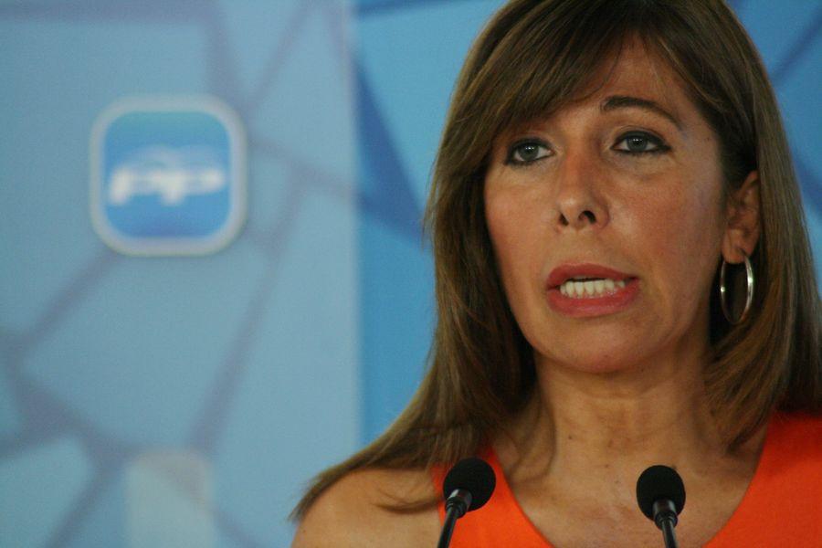 Alicia-Sanchez-Camacho-avui-roda-premsa_ARAIMA20110627_0066_20