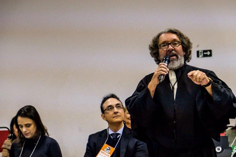 Um dos advogados criminalistas mais conhecidos do país, Antônio Carlos de Almeida Castro