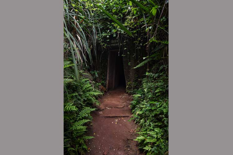 Entrada a uno de los túneles que daba al mar