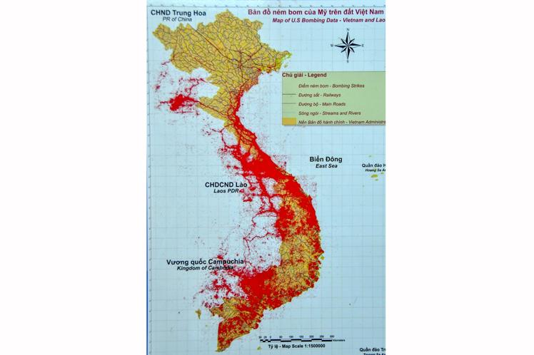 (La quinta parte de Vietnam está contaminada con municiones sin explotar (zona roja en el mapa)