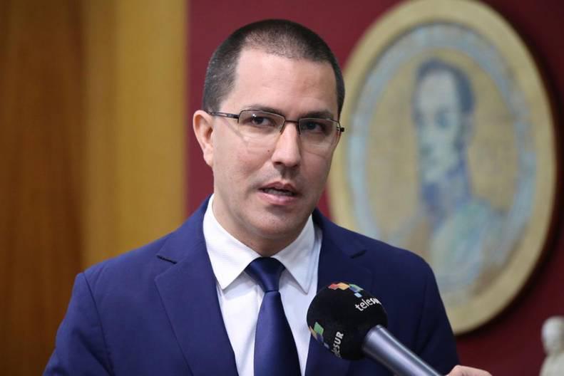 """Arreaza: """"EEUU inventa un origen electoral a sus títeres en Venezuela"""""""