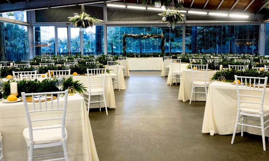 Salón - Una boda con plumeros