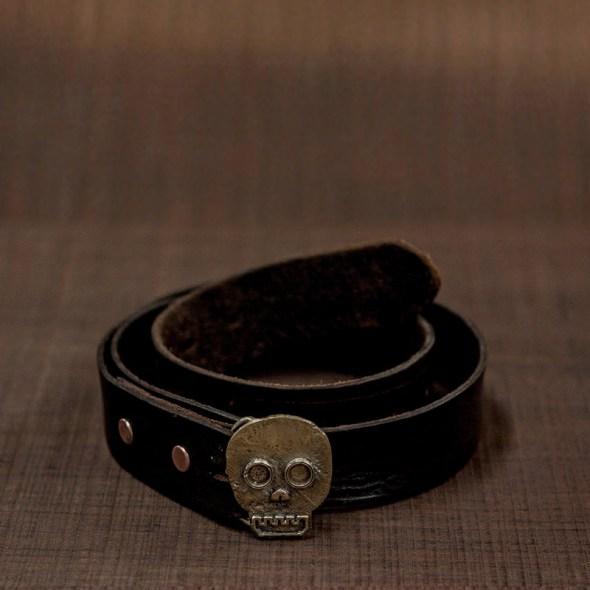 Accesorios para cinturones en forma de calavera