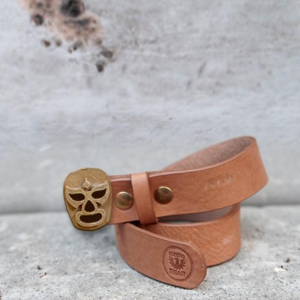 Cierre cinturón con forma de luchador mexicano