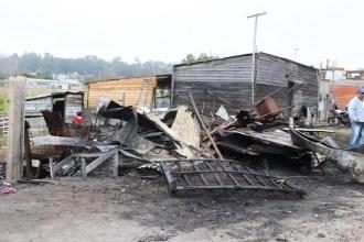 municipio frente al incendio IMG_8518